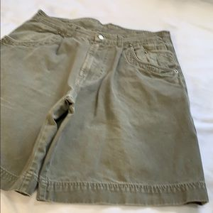 VINTAGE BUGLE BOY MEN'S HIGH WAIST CARGO SHORTS